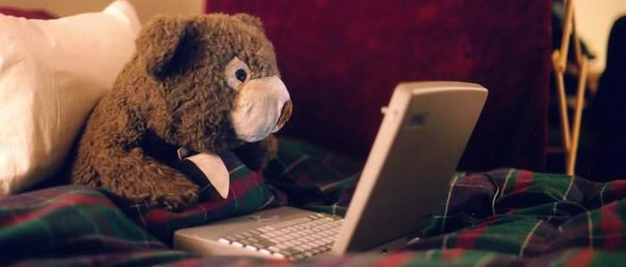 cute-bear-laptop